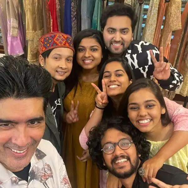 Indian Idol 12 Grand Finale: Pawandeep Rajan, Arunita Kanjilal to get a makeover from Manish Malhotra for the big day?