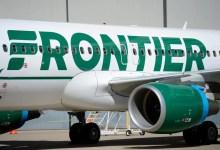 फ्लाइट अटेंडेंट को कथित तौर पर टटोलने के बाद फ्रंटियर एयरलाइंस के यात्री ने सीट पर टेप लगा दिया
