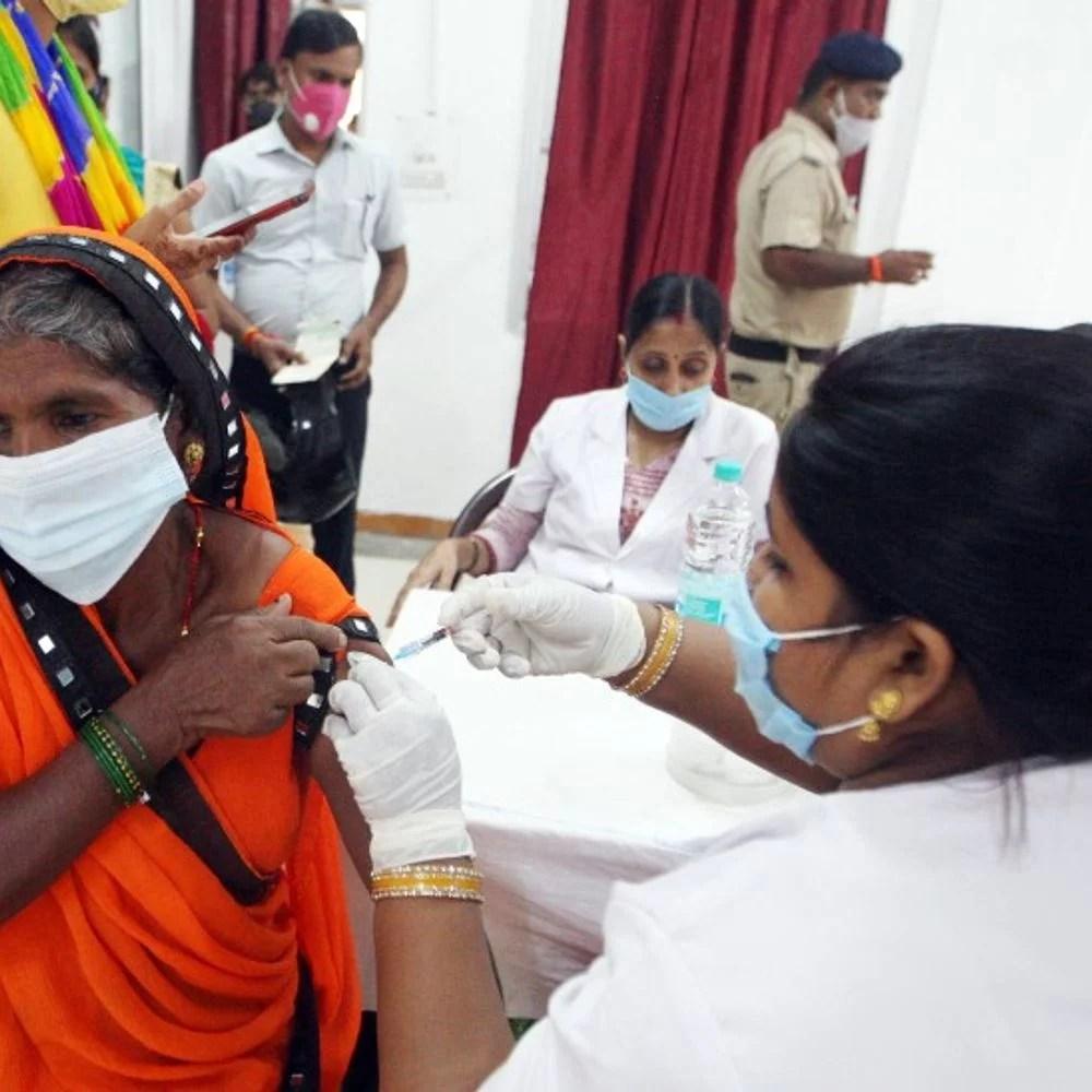 कोरोना देश में:बीते देश में 37607 कोरोना वायरस, 647 लोगों की मौत;  34 के बाद के नंबरों के अनुसार