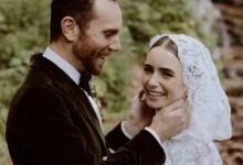 लिली कोलिन्स ने चार्ली मैकडॉवेल से अपनी गुप्त शादी की तस्वीरें साझा कीं;  कहते हैं कभी खुश नहीं हुआ