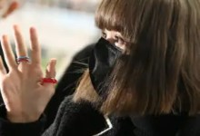 Blackpink: Lisa fans trend LALISA EN FRANCE as the singer heads to Paris Fashion Week; her cute antics at the airport are unmissable — view tweets