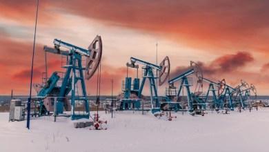 रूसी तेल कंपनियों ने अपने कुएं में क्रिप्टोकरेंसी को माइन करने का प्रस्ताव रखा