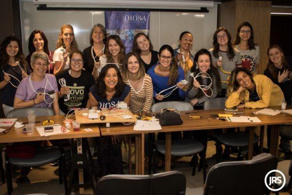 Oficina de elétrica para mulheres ganha nova turma no Rio Grande do Sul