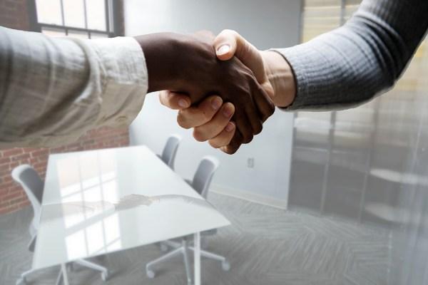 Corretora contrata profissional do ramo de seguros em São Paulo