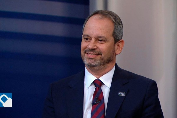 Luciano Lima, diretor comercial da SulAmérica, em entrevista ao Programa Seguro, da TV Gazeta / Reprodução