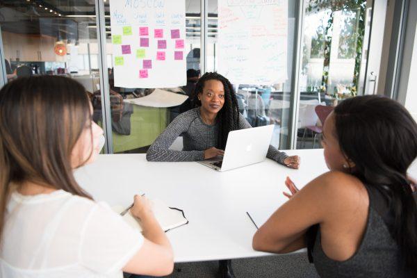 Startup de benefícios corporativos flexíveis oferece promoção exclusiva para mulheres empreendedoras