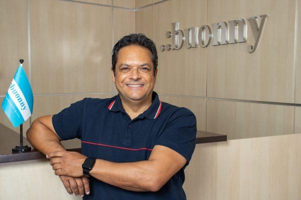 Eliel Fernandes é CEO e co-fundador da Buonny / Divulgação