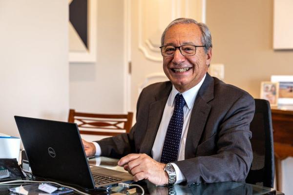 Luís Eduardo da Costa Carvalho é presidente da Acrefi / Divulgação