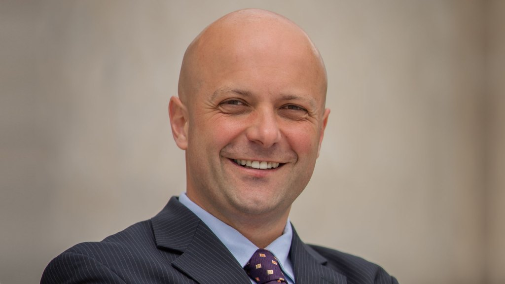 Ilya Filipov é diretor estratégico de serviços financeiros da Talkdesk / Divulgação