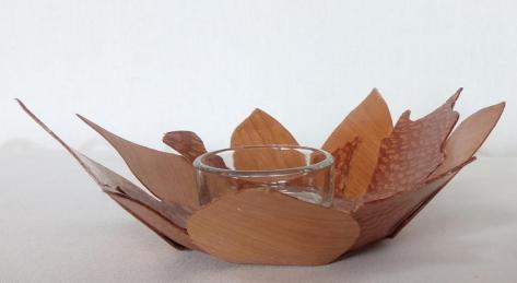 leaf bowl side view