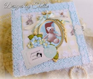 Designs by Shellie Resin Oval Frame
