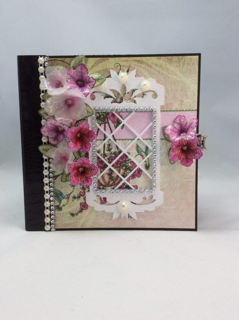 Heartfelt Creations Classic Petunia Mini Album