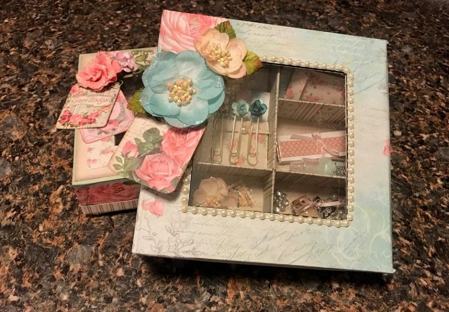 Stamperia Vintage Rose Gift Box