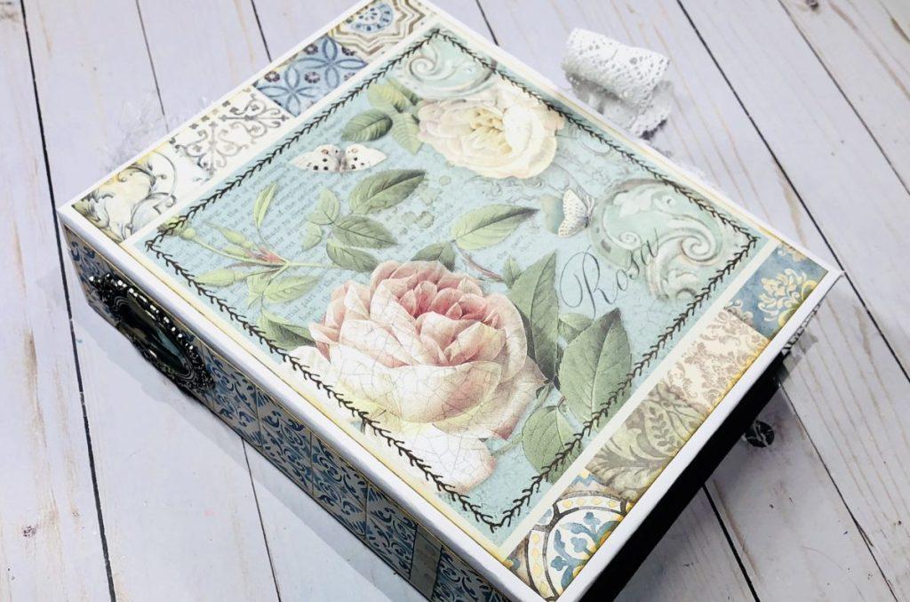 Stamperia Azulejos Mini Album Tutorial