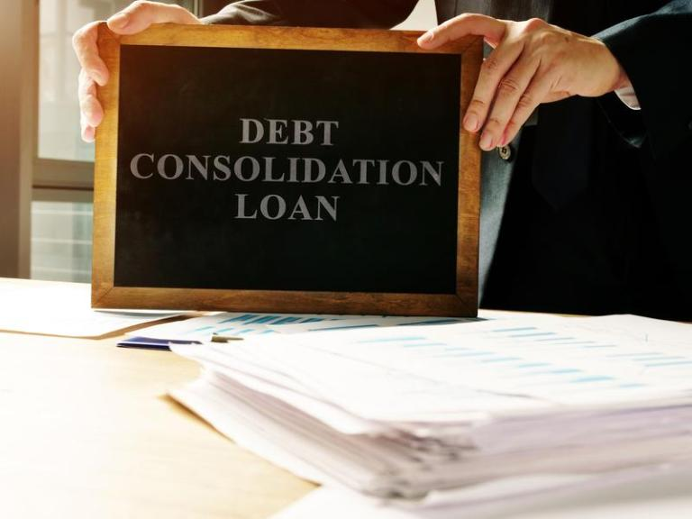 4 Tips to Keep in Mind When Paying Bills Using a Loan