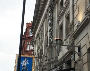 Noël Coward Theatre ノエル・カワード・シアター