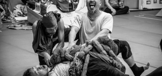Mahabharata rehearsal photo2 Koyano Tetsuro, Hermawan S. Nugroho, Ronnarong Khampha