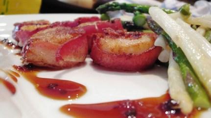 bacon-wrapped-scallops