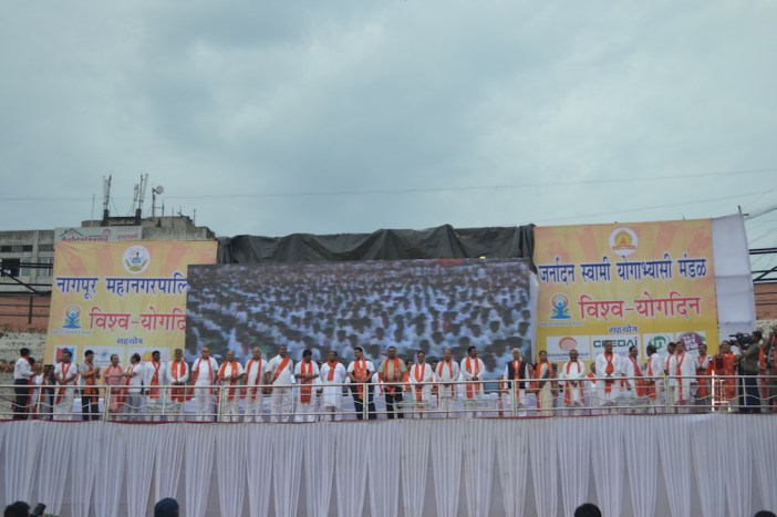 21st June JS Yog International Yoga Day Yashwant Stadium, Nagpur CM Devendra Fadnavis Union Minister Nitin Gadkari_111