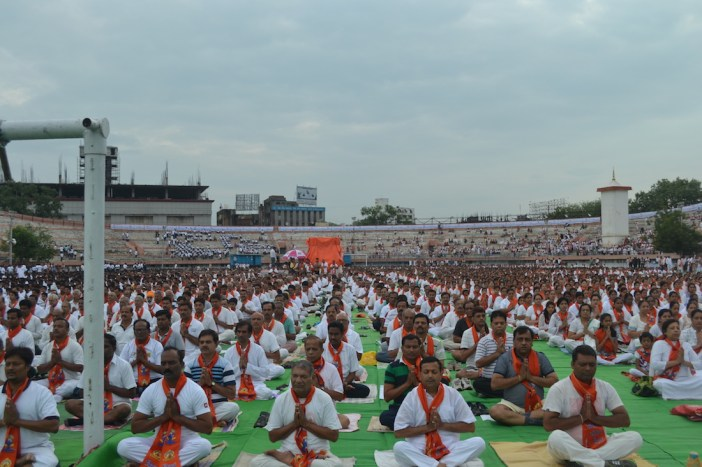 21st June JS Yog International Yoga Day Yashwant Stadium, Nagpur CM Devendra Fadnavis Union Minister Nitin Gadkari_125