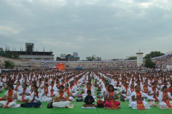 21st June JS Yog International Yoga Day Yashwant Stadium, Nagpur CM Devendra Fadnavis Union Minister Nitin Gadkari_126