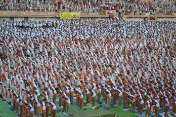 21st June JS Yog International Yoga Day Yashwant Stadium, Nagpur CM Devendra Fadnavis Union Minister Nitin Gadkari_13