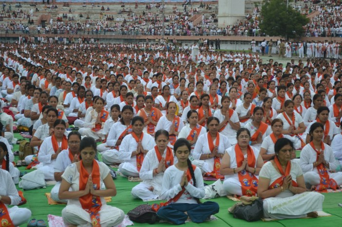 21st June JS Yog International Yoga Day Yashwant Stadium, Nagpur CM Devendra Fadnavis Union Minister Nitin Gadkari_131