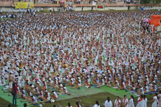 21st June JS Yog International Yoga Day Yashwant Stadium, Nagpur CM Devendra Fadnavis Union Minister Nitin Gadkari_18