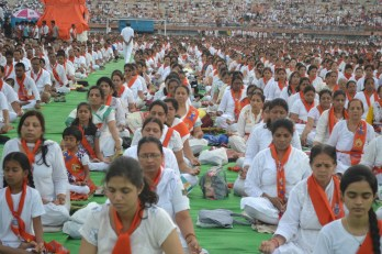 21st June JS Yog International Yoga Day Yashwant Stadium, Nagpur CM Devendra Fadnavis Union Minister Nitin Gadkari_35