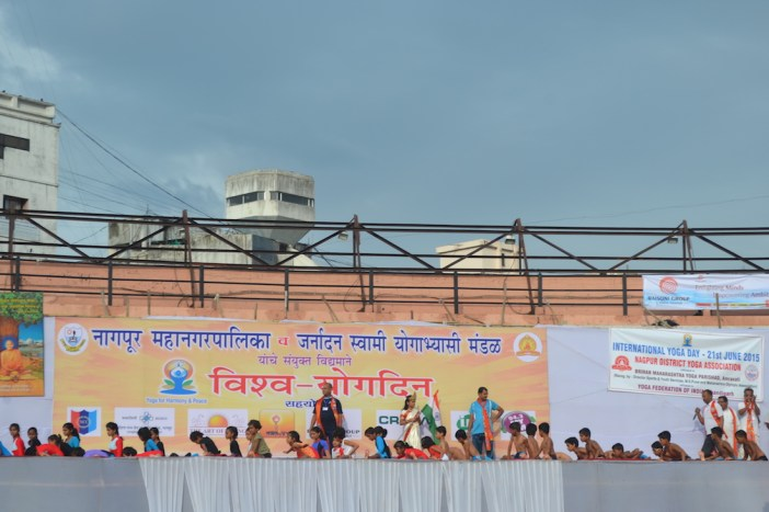 21st June JS Yog International Yoga Day Yashwant Stadium, Nagpur CM Devendra Fadnavis Union Minister Nitin Gadkari_45