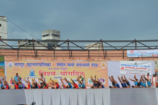 21st June JS Yog International Yoga Day Yashwant Stadium, Nagpur CM Devendra Fadnavis Union Minister Nitin Gadkari_46