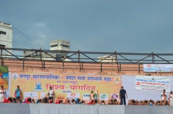 21st June JS Yog International Yoga Day Yashwant Stadium, Nagpur CM Devendra Fadnavis Union Minister Nitin Gadkari_49