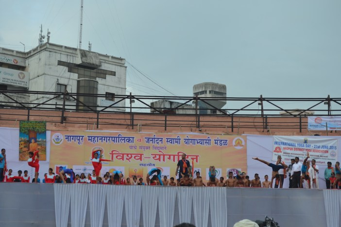 21st June JS Yog International Yoga Day Yashwant Stadium, Nagpur CM Devendra Fadnavis Union Minister Nitin Gadkari_66