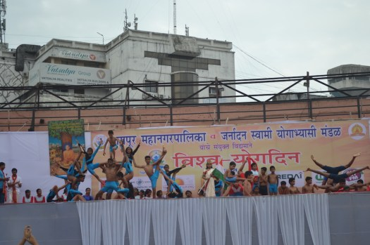 21st June JS Yog International Yoga Day Yashwant Stadium, Nagpur CM Devendra Fadnavis Union Minister Nitin Gadkari_80