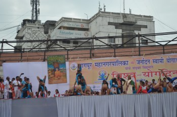 21st June JS Yog International Yoga Day Yashwant Stadium, Nagpur CM Devendra Fadnavis Union Minister Nitin Gadkari_87