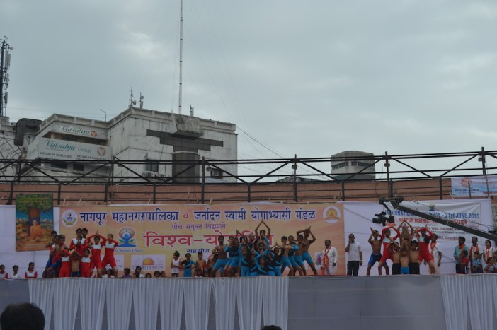 21st June JS Yog International Yoga Day Yashwant Stadium, Nagpur CM Devendra Fadnavis Union Minister Nitin Gadkari_91