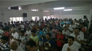 another yoga record broken - over 500 for free monhtly yoga class JS yog_04