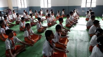 Swatantra-veer-sawarkar-school-mahal-29-11-19-Inter-school-yoga-competition-training-2019