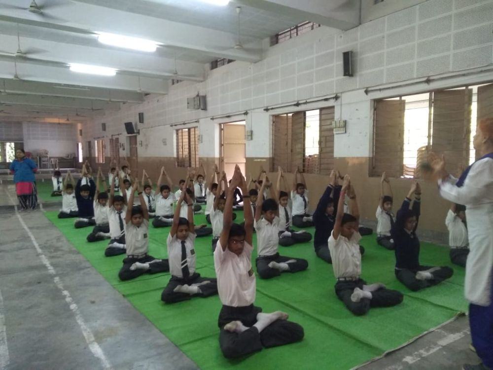 B-R-A-mundle-school-2-12-19-Interschool-yoga-competition-training-2019-1