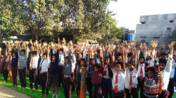 Balaji-High-School-7-12-19-Inter-school-yoga-competition-training-2019