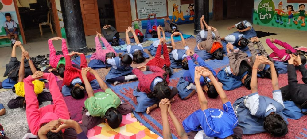 Madangopal-school-14-12-19-Inter-school-yoga-competition-training-2019