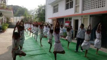 Shanti-Niketan-school-2-12-19-Interschool-yoga-competition-training-2019-5