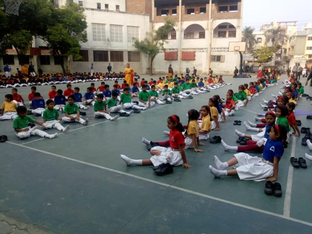 Somalwar-Nikalas-3-12-19-Inter-school-yoga-competition-training-2019