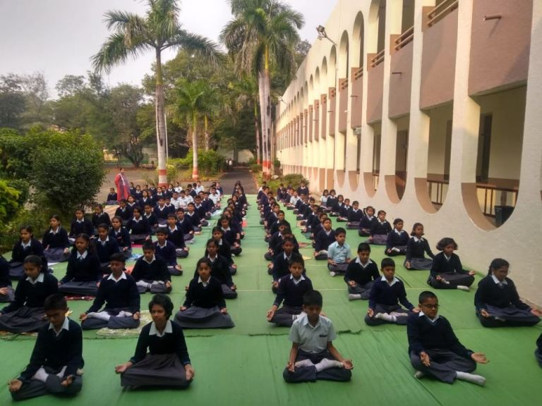 Modern-Neeri-School-9-1-20-Inter-school-yogasan-competition-training-2019-2
