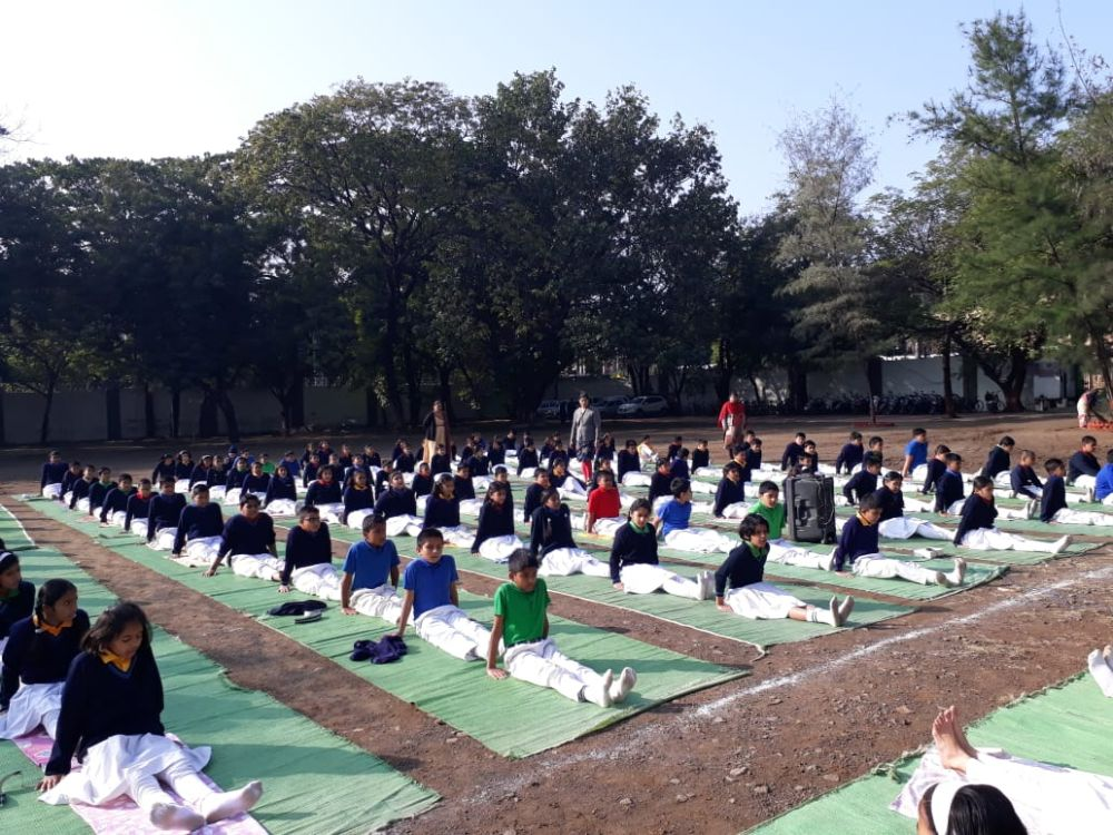 Modern-neeri-school-9-1-20-Inter-school-yogasan-competition-training-2019-3