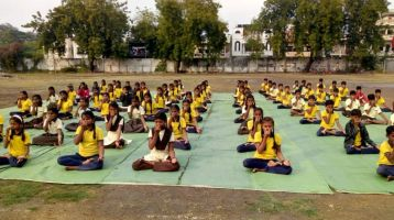 Vanita-Vikas-High-School-3-1-20-Inter-school-yogasan-competition-training-2019