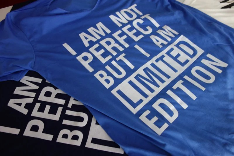 t-shirt-i-am-limited-edition-color