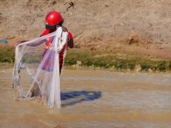 Tonlé Sap fisherman