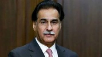 Sardar Ayaz Sadiq Talking to Media at Lahore