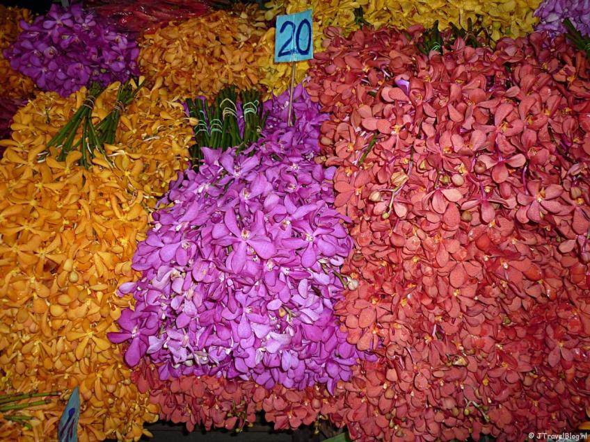 De Bloemenmarkt in Bangkok